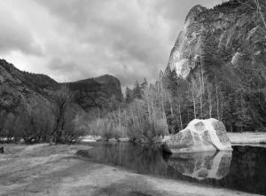 mirror-lake-boulder