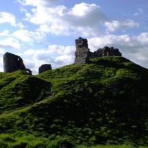clun castle 2