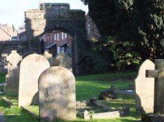 st leonard's gateway