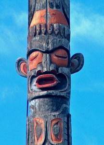 world's largest totem pole
