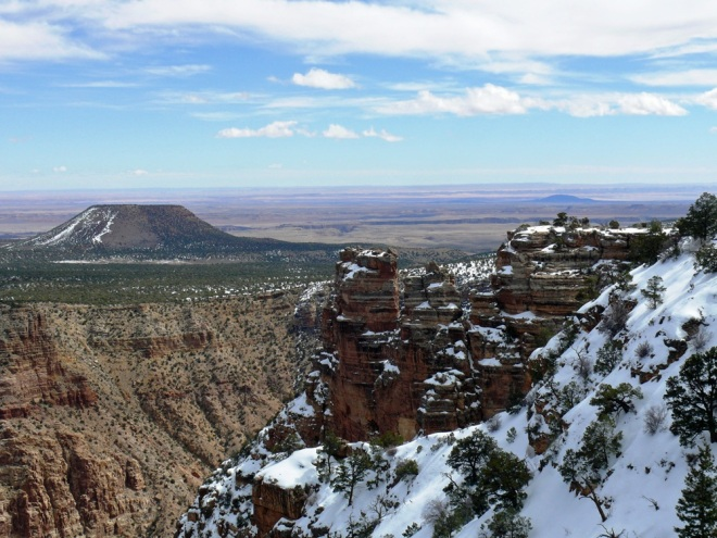 View from the Watchtower towards the Painted Desert