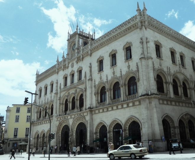 R = Rossio Station 2