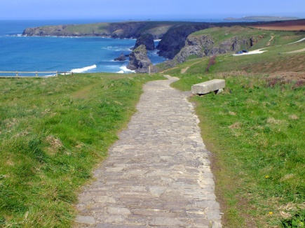 Path towards Bedruthan Steps