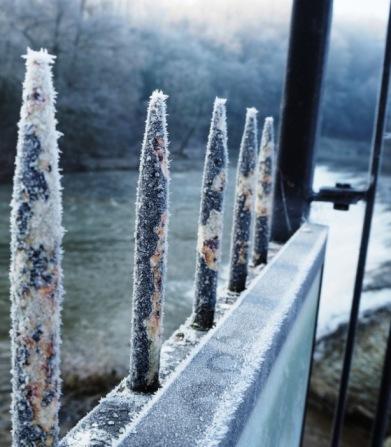 frosty rails