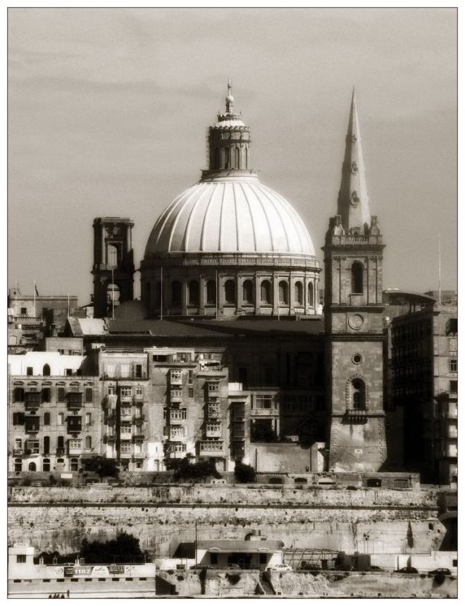 Carmelite-church-and-Anglican-Church-Valletta