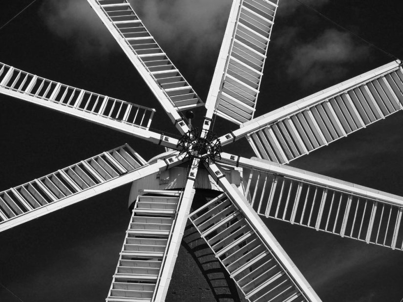 Black and White Sunday: Heckington Windmill