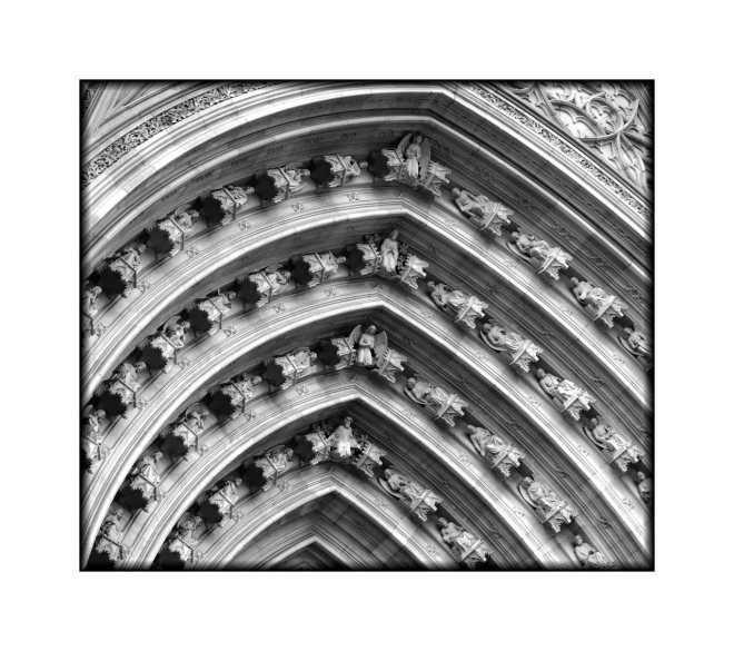 cathedral-window-angels