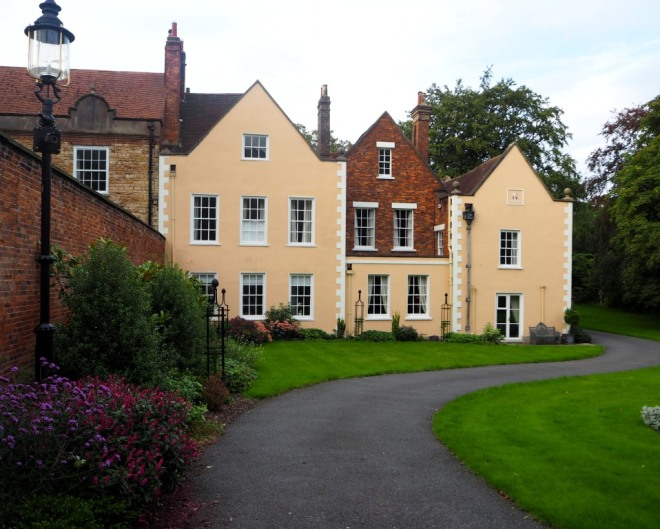 Atherstone House