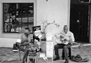Street Performers, Victoria Falls