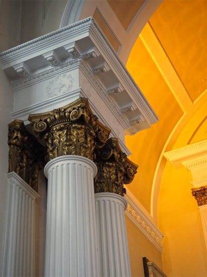 Columns and decorative capitals