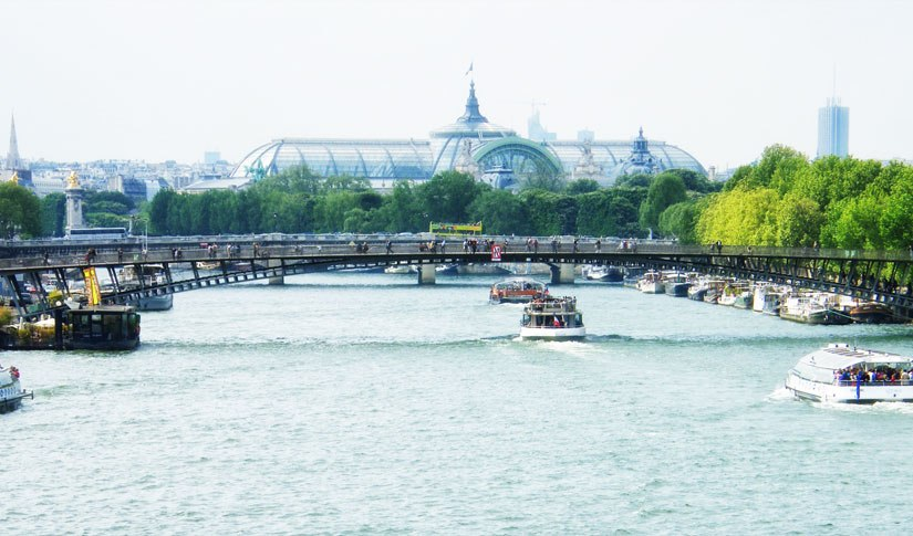 Paris Focus: A Stroll along the Seine