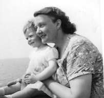 Mum and Judith seaview 1955